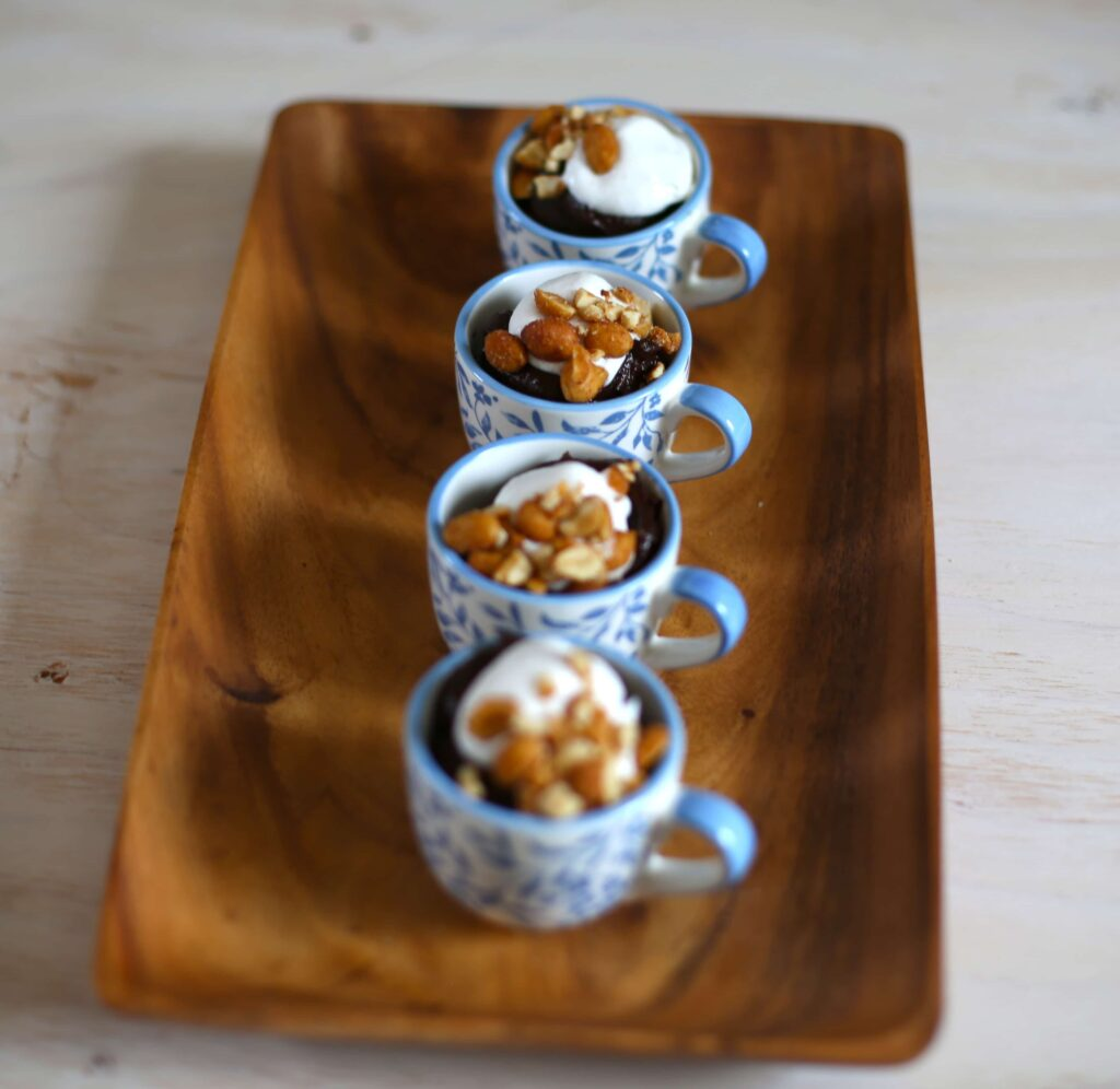 chocolate avacado pudding pots