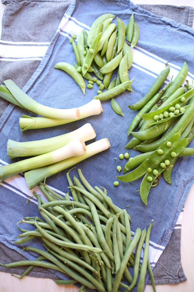 Crunchy Green Bean and Pea Salad